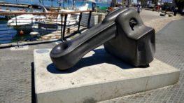 עמנואל הצופה פסל העוגן