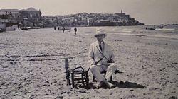דמותו של הצלם שמעון קורבמן, בחוף הים בסמוך ליפו, 1920