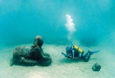 ספינקס שנמצא במצולות הנמל, credit Raising Alexandria