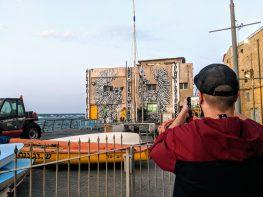 תערוכת חוצות בנמל: יצירות 'פטרון האמנות - שבוע אמנות רחוב בינלאומית'